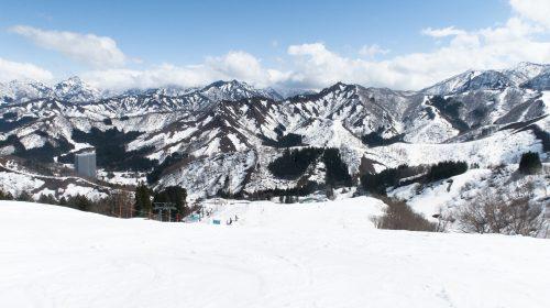 越後湯沢でスキーヤー専用ゲレンデを楽しむならNASPAスキーガーデンへ! NASPA Ski Garden